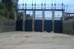 tareas de mantenimiento sobre compuertas. Canal Pinto. Trabajos Concluido 2