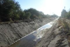 Vista despues de la limpieza de taludes a ambas margenes canal Contrera Lopez 4