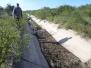 Limpieza manual de solera en el canal Contrera López