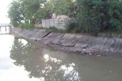 Mantenimiento general del Canal Matriz - losas de taludes deterioradas 2015