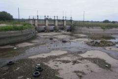 Mantenimiento general del Canal Matriz - Barrera 4, obra de Toma de Canal Suri Pozo y Jume esquina antes de la limpieza 2007 1
