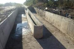 Vista del vertedero-aliviadero en el canal Contrera Lopez despues de la Limpieza